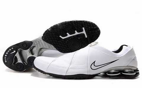 Baskets Nike Shox Homme baskets 2686