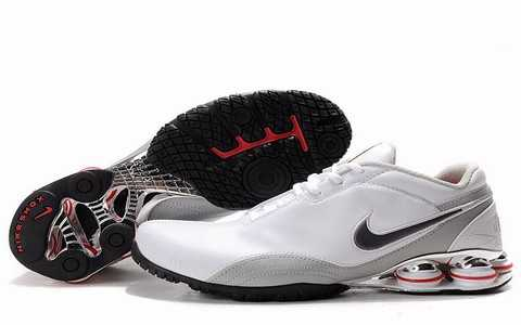Baskets Nike Shox Homme baskets 2688