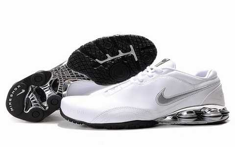 Baskets Nike Shox Homme baskets 2692
