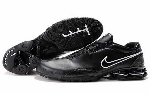 Baskets Nike Shox Homme baskets 2693