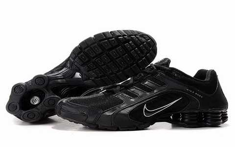 Baskets Nike Shox Homme baskets 2704